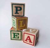 cubos y letras